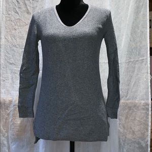 Old navy sweater sz S